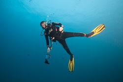 BD-150424-Maldives-7952-Homo-sapiens.-Linnaeus.-1758-[Diver].jpg